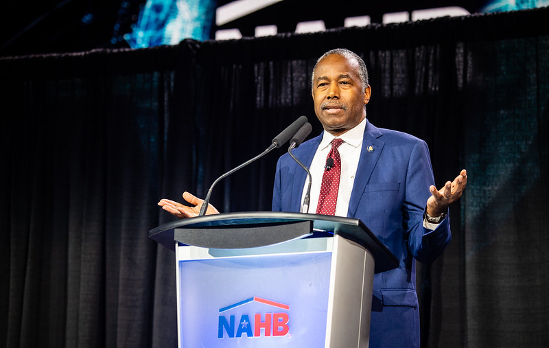 Carson kicks off bus tour to reduce affordable housing barriers